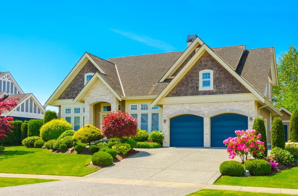 Quick possession homes Cochrane
